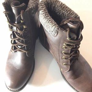 SOLD-Carrini CA Womens Sweater Trim Work Boots